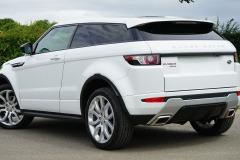 range-rover-1492907_1920